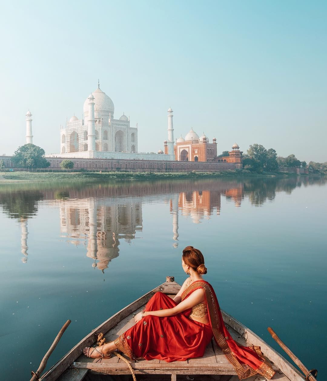 Girls' Guide to Last Minute Plans for India