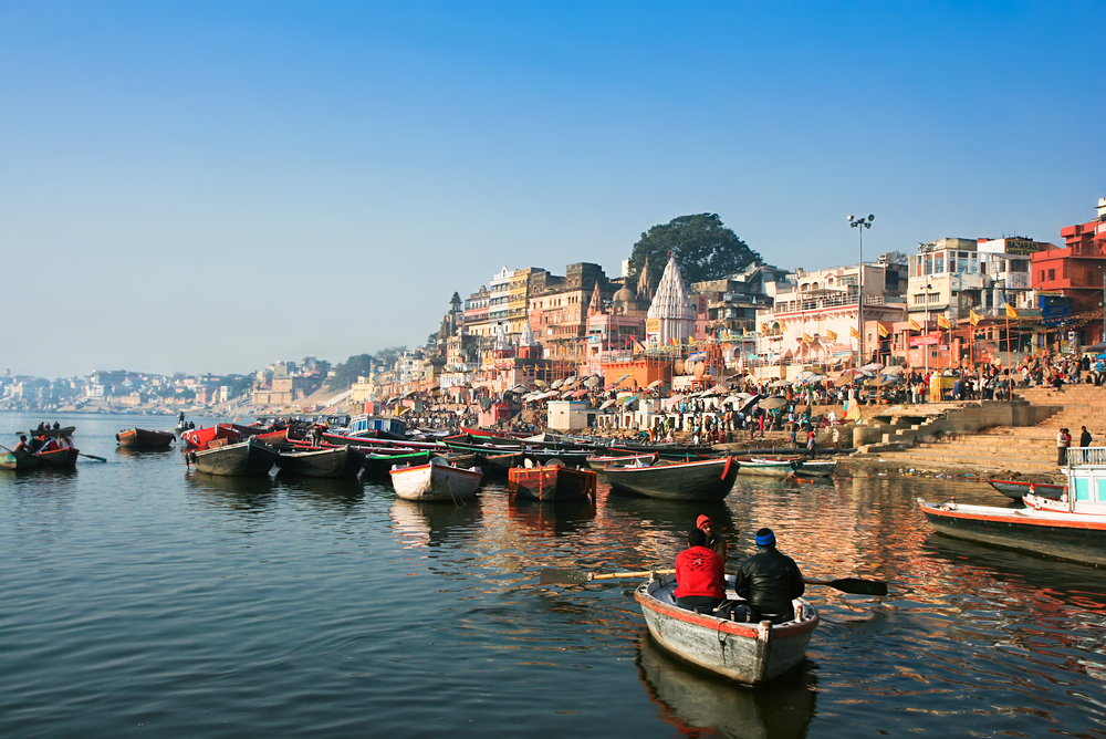 THESE FIVE THINGS ARE MUST-TO-DO IN MYSTICAL VARANASI!