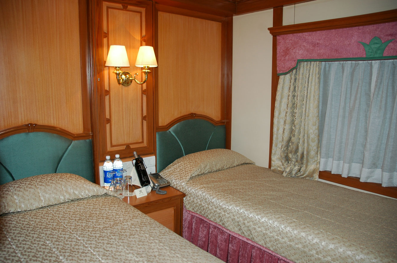 Deccan Odyssey Deluxe Twin Bed Cabin